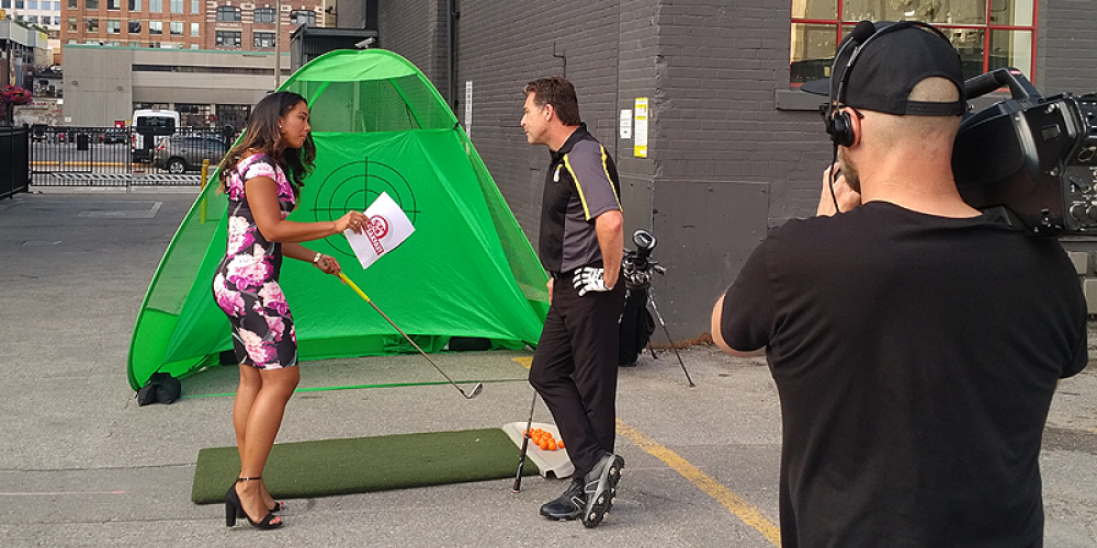 Dave Hartmann giving a Lesson to Kayla on CP24 Breakfast Canadian Open Sunday 2017